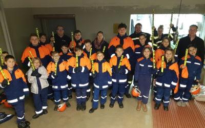 Jugendfeuerwehr besucht die Feuerwehrtechnische Zentrale Ronnenberg
