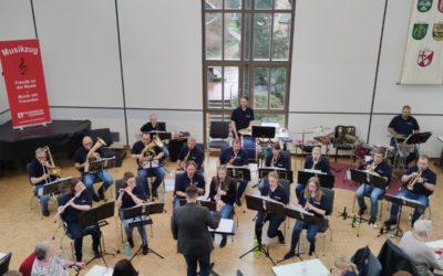 """""""Kaffee & Concert"""" – flotte Musik zum Kaffee"""